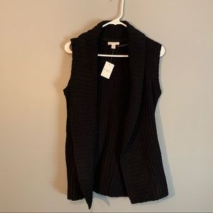 Thick knit sweater vest